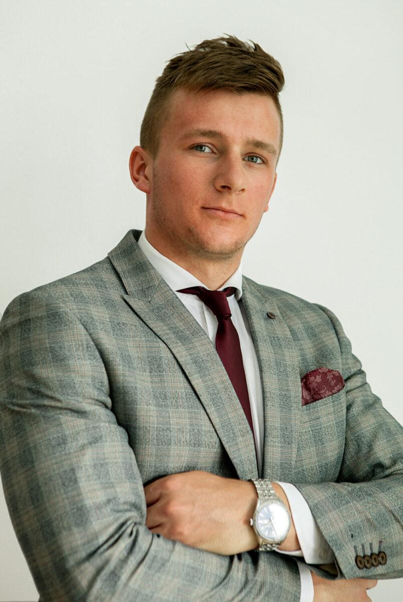 Jakub Sajdak - finanse dla świadomych